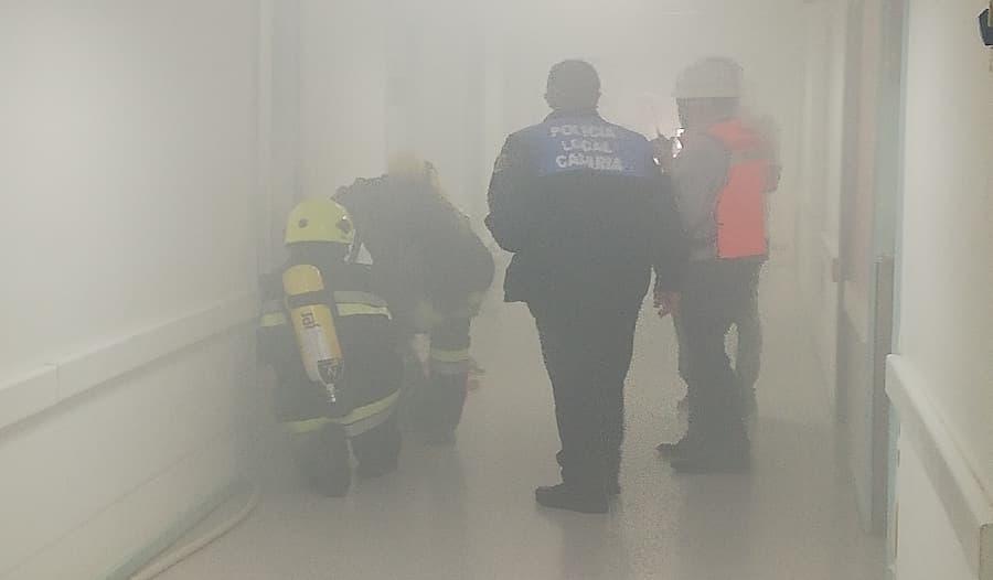 simulacro de incendio en edificio